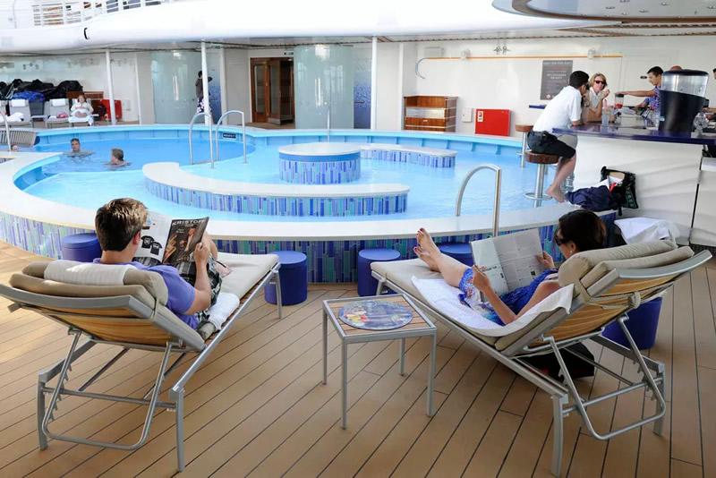 Piscinas en Disney Cruise Line