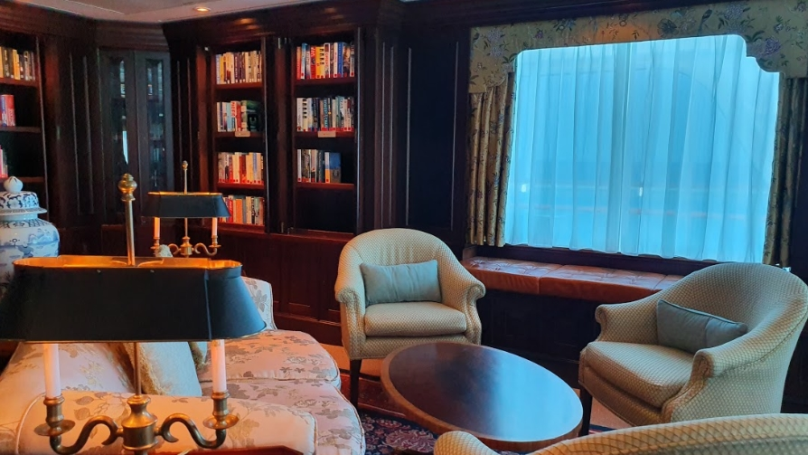 Biblioteca Oceania Cruises