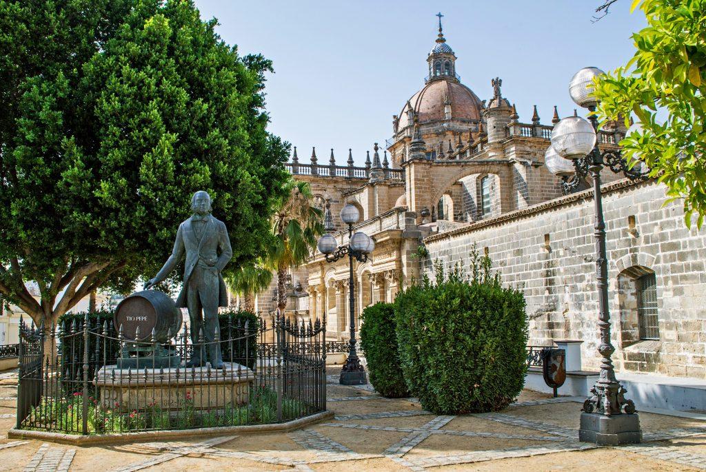 Cruceros Fluviales Guadalquivir Croisieurope Un mundo de cruceros Catedral de Jerez de la Frontera