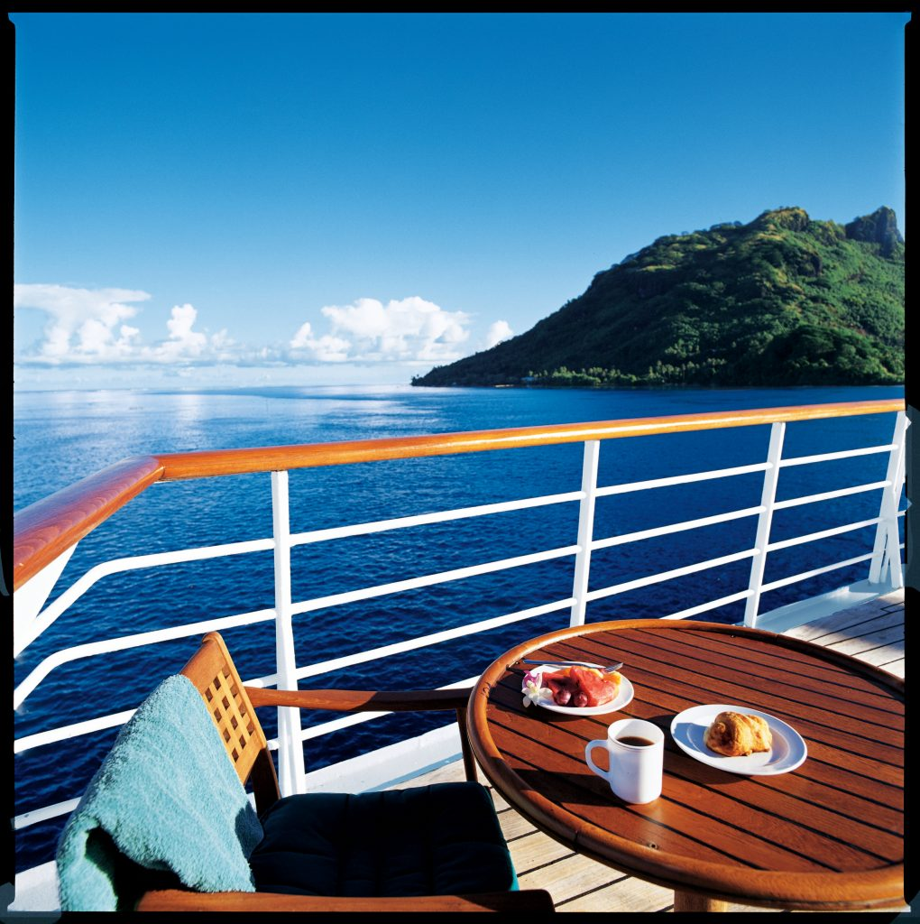 restaurante aire libre Windstar Un mundo de cruceros