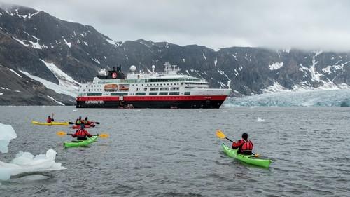 Hurtigruten crucero por el ártico un mundo de cruceros
