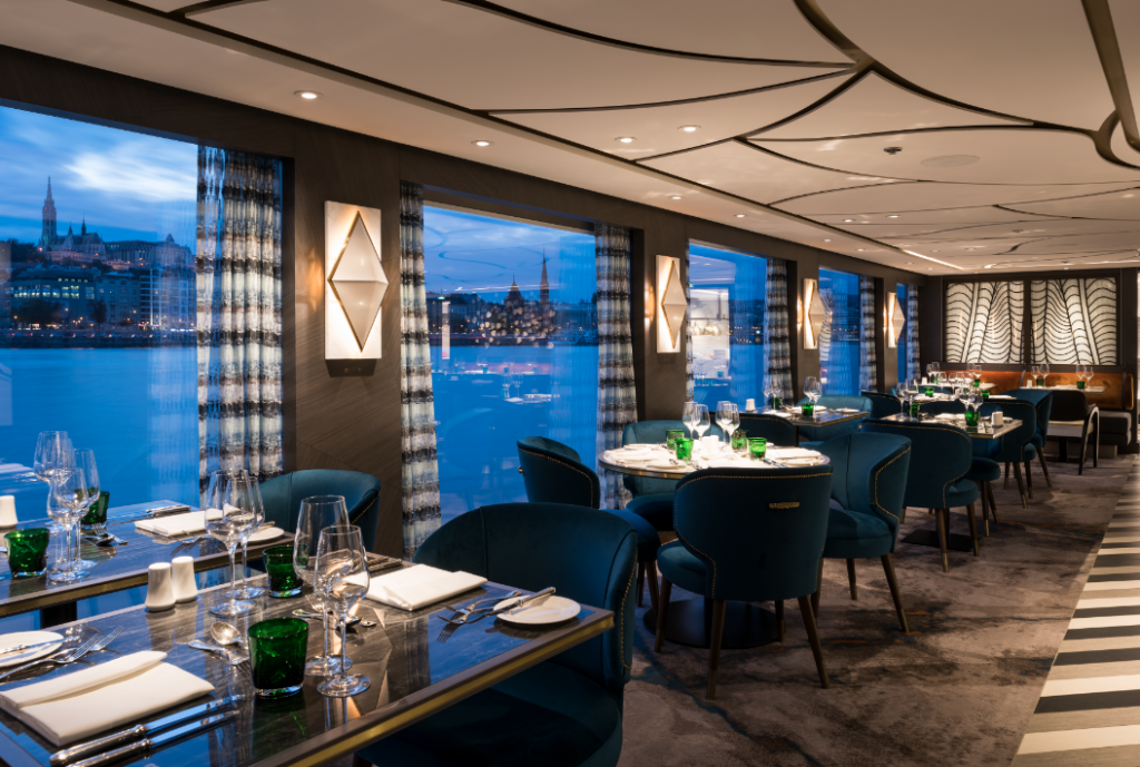 Restaurante Crystal River Cruises